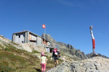 Ankunft der Kinder-Kletter-Gruppe auf der Sewenhütte
