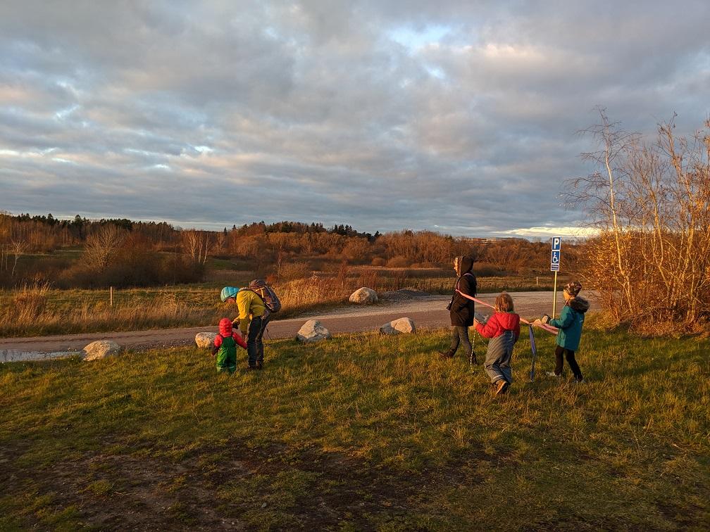 Mit Familie in der Natur um Örebro (Schweden)