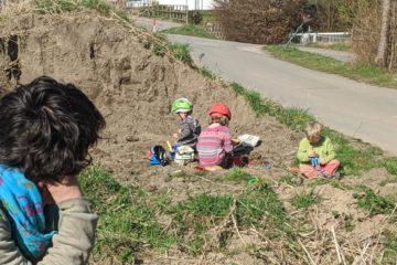 Ein Ersatz-Spielplatz für Kinder, wenn Spielplätze verboten sind