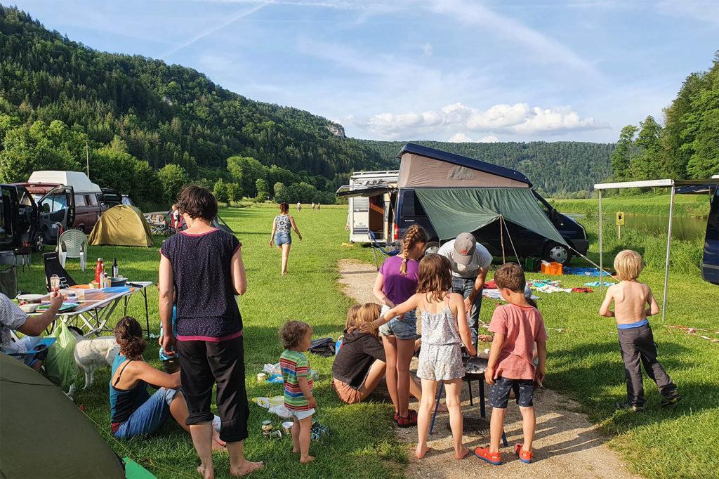 Grillen am Campingplatz Wagenburg